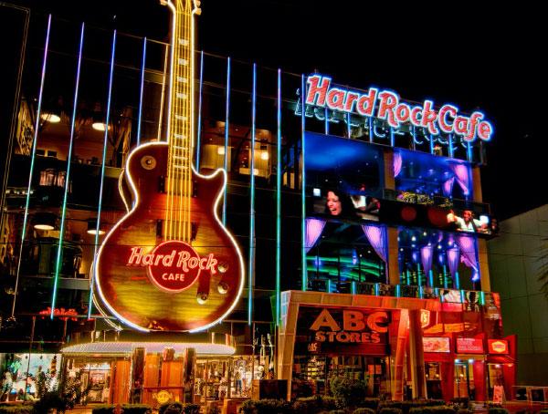 hard-rock-cafe-exterior-1